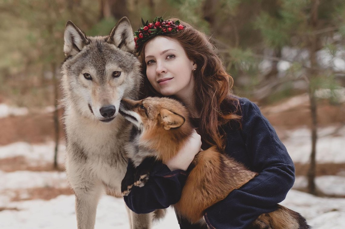 wolffoxwoman.jpg